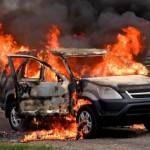 płock pożar auta